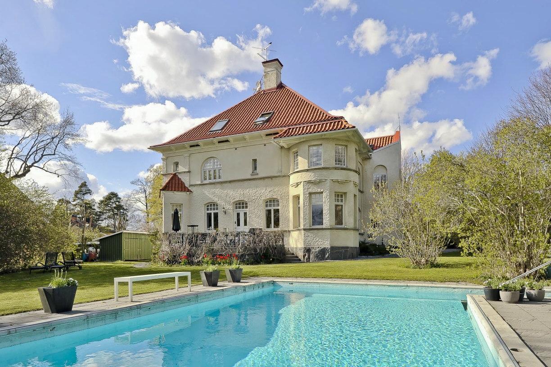 Huset och pool
